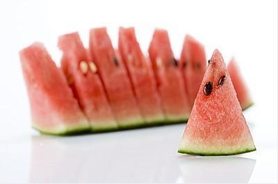 吃西瓜有保护前列腺的作用